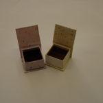 krabicka-s-polstrem